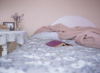 10 unusual ways to improve sleep patterns